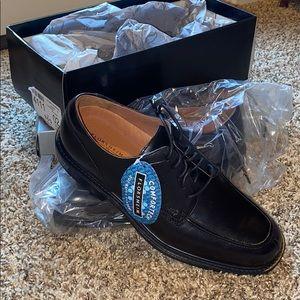 Florsheim comfortech dress shoes